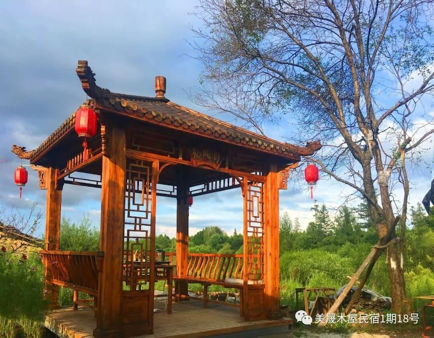 院内凉亭,喝喝茶,看看风景美哉!