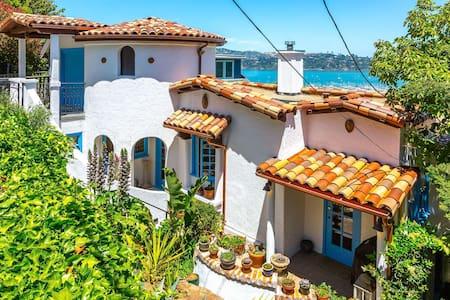 Sausalito Mediterranean View House