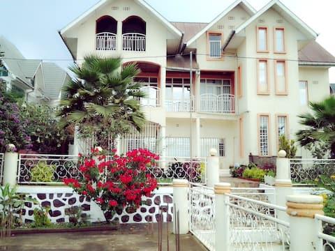 Villa Isango