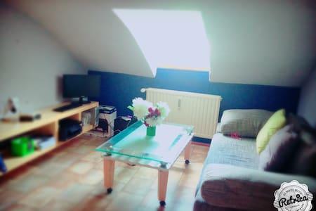 Canapé a Oberkorn - Apartment