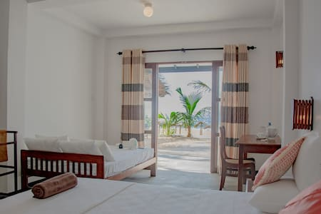 Sailors' Bay Sea view Deluxe room with Veranda
