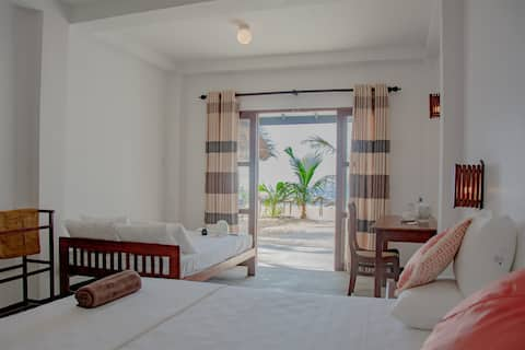 Sailors' Bay Sea view Deluxe room with Veranda