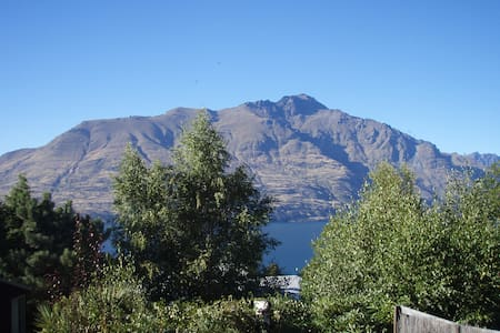 Relaxed Studio / Self-contained - Queenstown - House