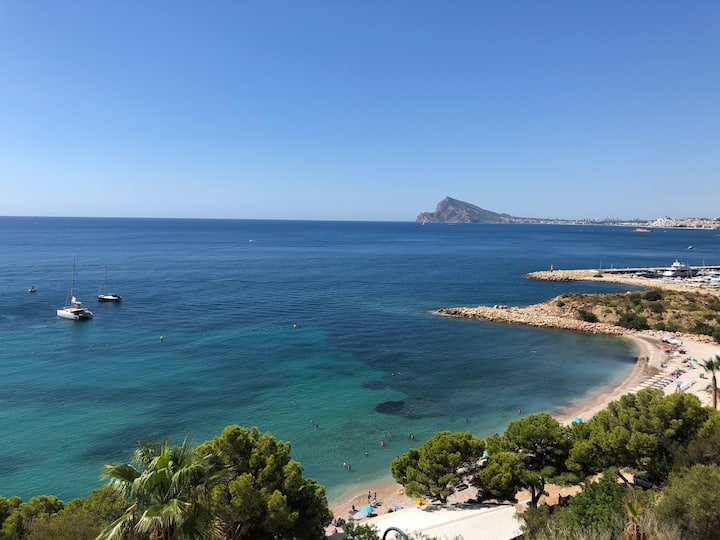 Modern Luxury Apartment in Altea with Top Sea View