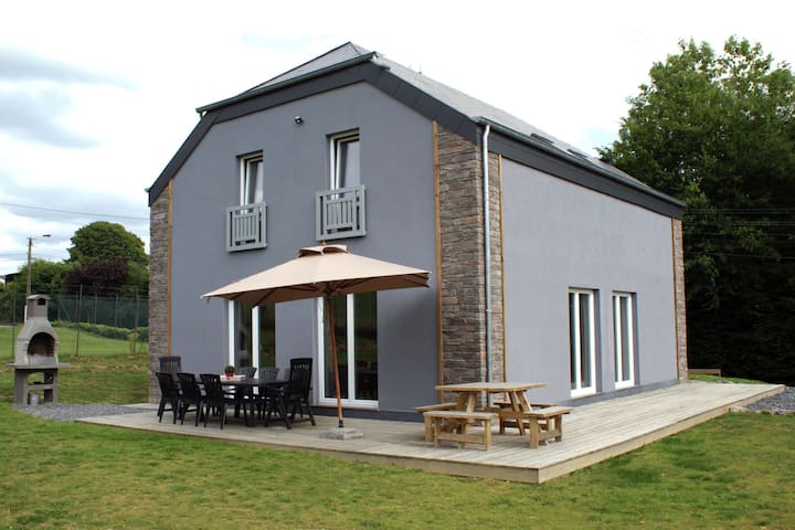 Cosy holiday house for families or small groups, with many leisure opportunities