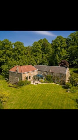 Mill House Country Hideaway - Newbridge