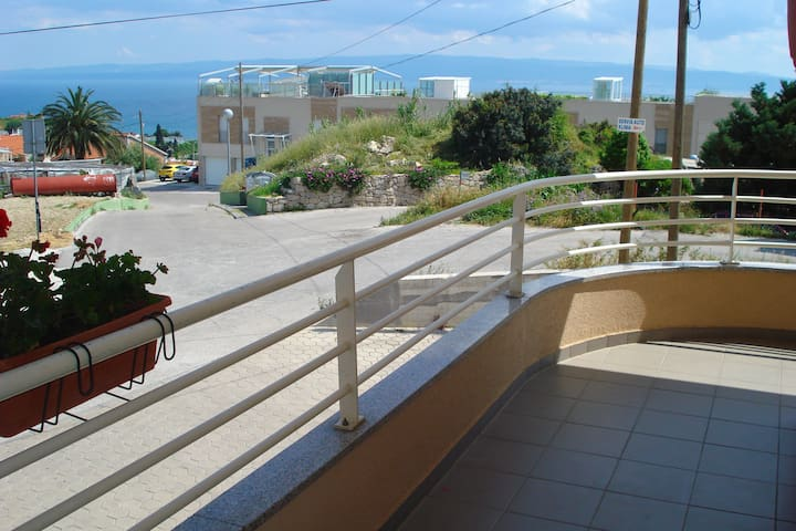 Balcony and sea view (exit from the living room)