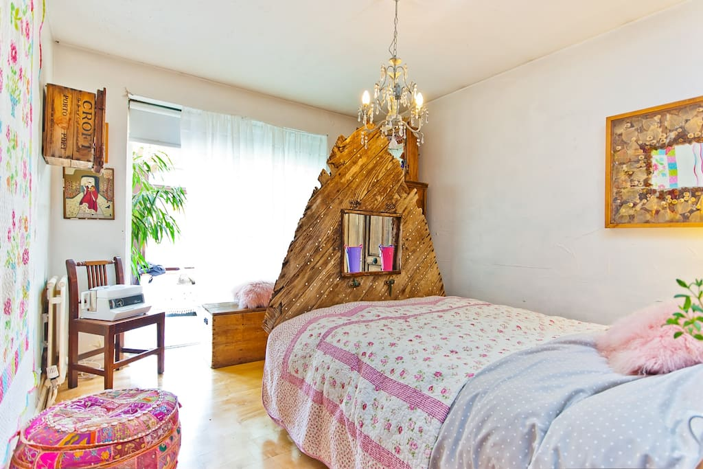 Guest Room with Driftwood bed