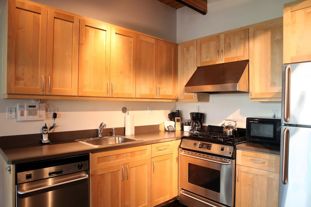 Modern fully-equipped kitchen.