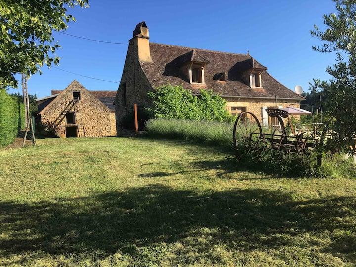 Gîte la Perrière avec vue Vallée Dordogne Périgord