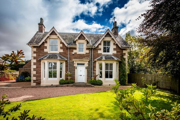 Invermay, Blairgowrie - stay 7+ days and save 35%!