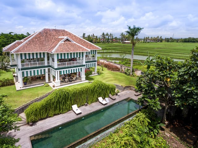 MAISON SIMBA PRIVATE LUXURY GUESTHOUSE - Tabanan - House