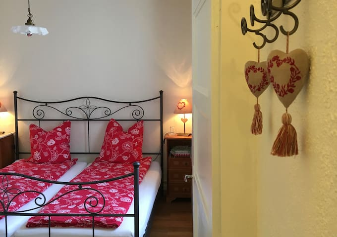 Cherry Suite bedroom from hallway