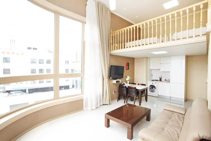 Primier Royal Suite @ GV Residence in Itaewon