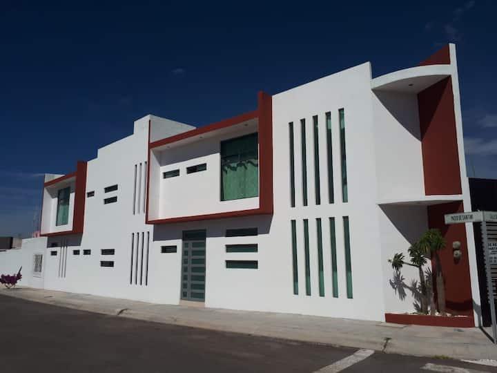 Habitación Individual con baño privado Juriquilla2