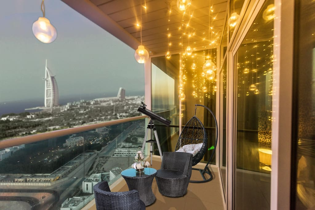 Unwind after a long day in this beautiful balcony with your love ones and enjoy 4 greatest & iconic landmarks of Dubai