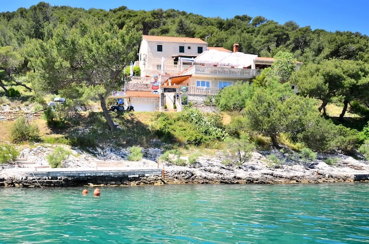 Accommodation by the sea-B&B Lučica, Room 8