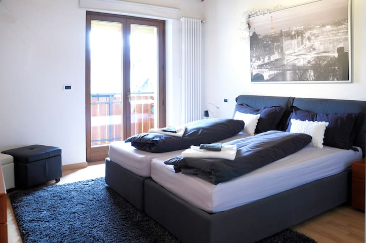 CONFORTABLE ROOM NEAR ZONCOLAN  - Villa Santina - Bed & Breakfast
