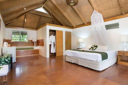 Tropical 'Are' Studio- Ikurangi Eco Retreat - Matavera District - Wohnung