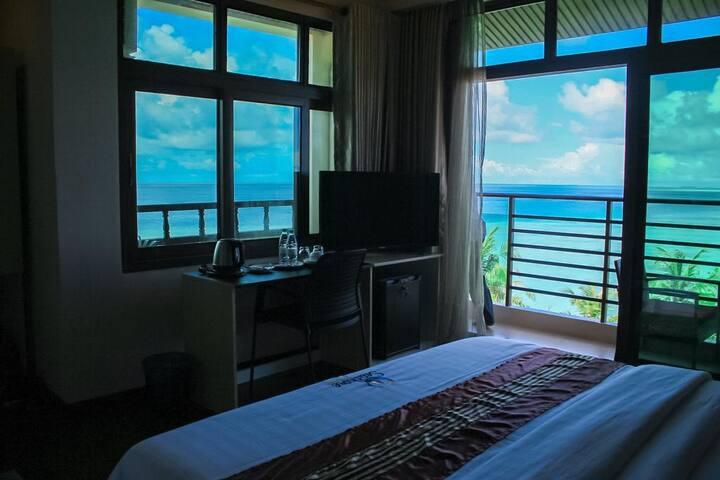 Seashore Beach Hotel-Triple Sea View Room-Maldives