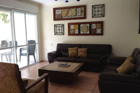 Large furnished home Malibu, Modiin - Modi'in-Maccabim-Re'ut