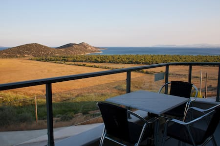 Unique Relaxing Sea View,Near Beach - Marathon - Apartament