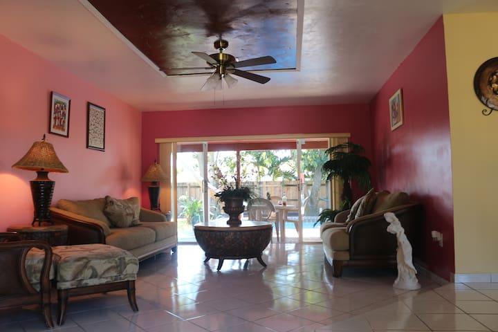 Miami Sunshine-Entire house - Miami - Casa
