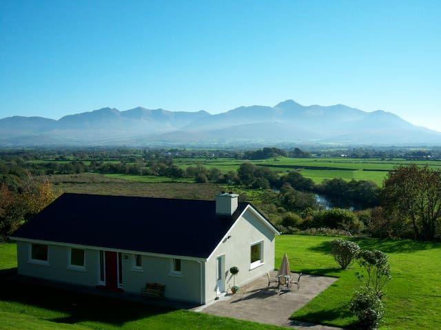 Top of the Hill Holiday Home on the Ring of Kerry - Kerry - Casa