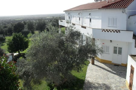 Portugal  Alentejo  Evora Monsaraz  - Corval - Bed & Breakfast