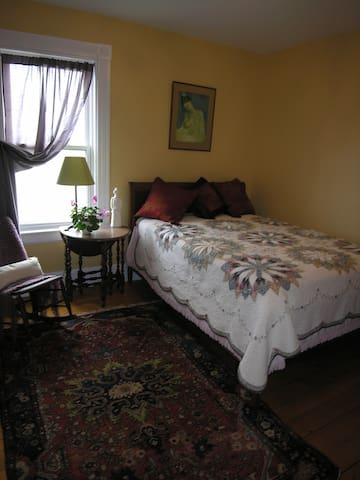 COUNTRY HOME AND ARTIST STUDIO ANNAPOLIS VALLEY NS - Hantsport - House