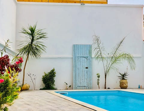 Design Apartment with Pool Algiers