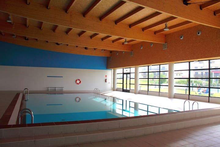 BONITO PISO CON JARDIN GOLF RIOJA - Cirueña - Apartment