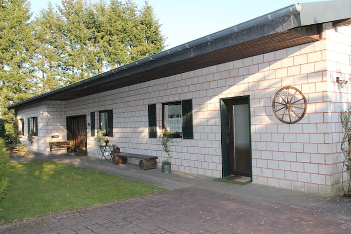Group vacation? Barrier-free bungalow, Vulkaneifel