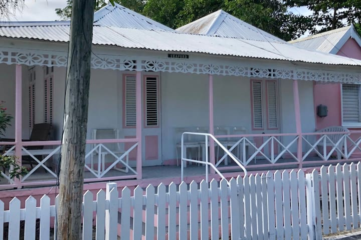 Beachside Barbados Cottage