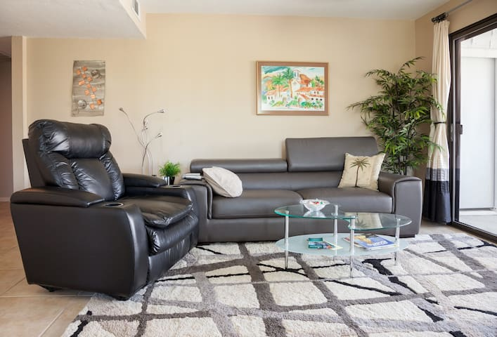 South Palm Springs Condo - Summer Sale Prices! - Palm Springs - Leilighet