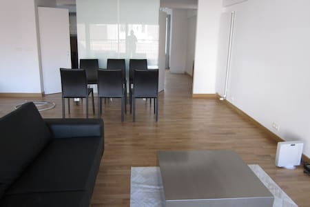 Room in central Bruxelles - Saint-Gilles - Loft