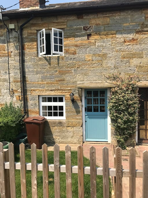 No.5 Stone Cottage