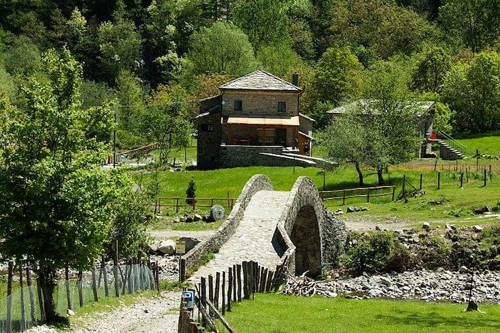 room 2 ( essecatoio)restored watermill Zeri