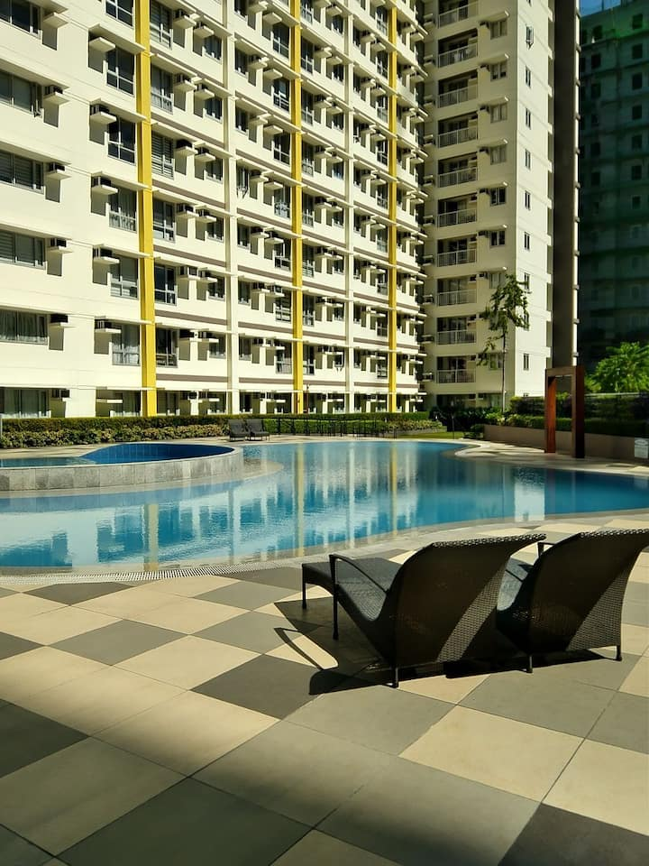 Affordable   1 Bedroom Condo Unit in BGC Taguig