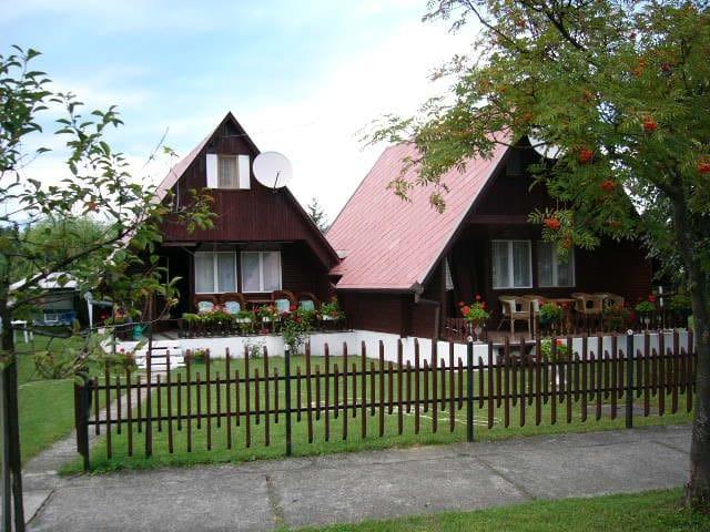 2 Comfortable wooden houses mi Terr - Balatonkeresztúr - Casa