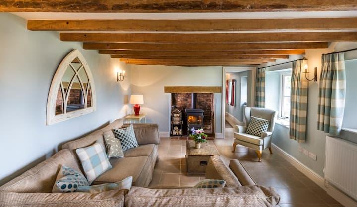 Fursdon Country Cottage
