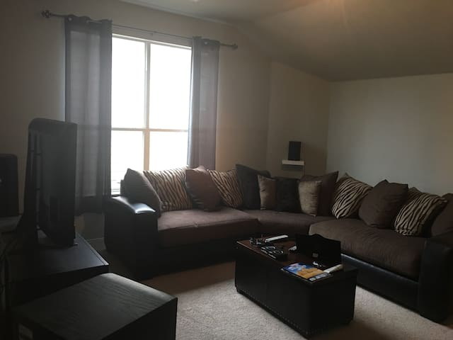 Private room near Alliance Town Center and I-35W