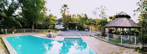 Paraíso no Condomínio Vivenda Verde linda casa.