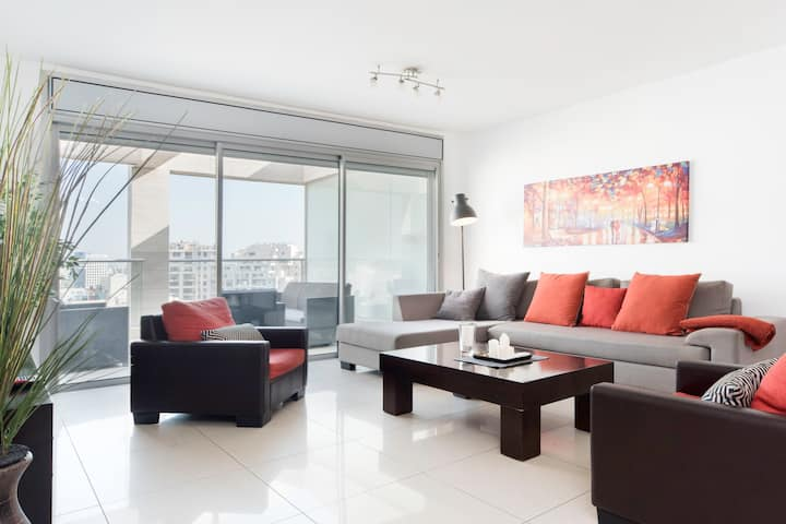 Luxurious Ramat Aviv 3 bd with AMAZING balcony!