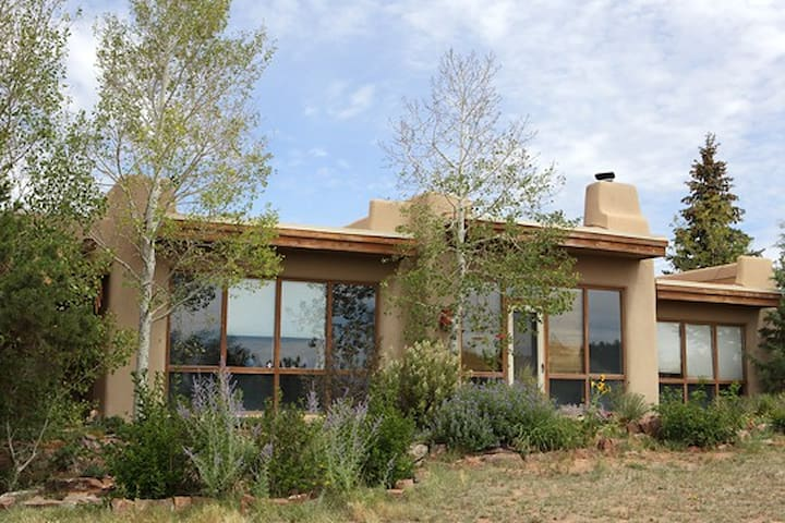 Sweet country home - Santa Fe - Hus
