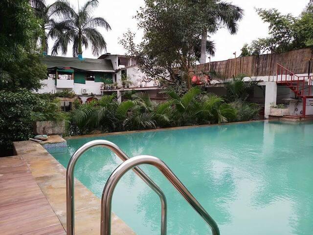 Shree banshi villa with swimming pool & lake side