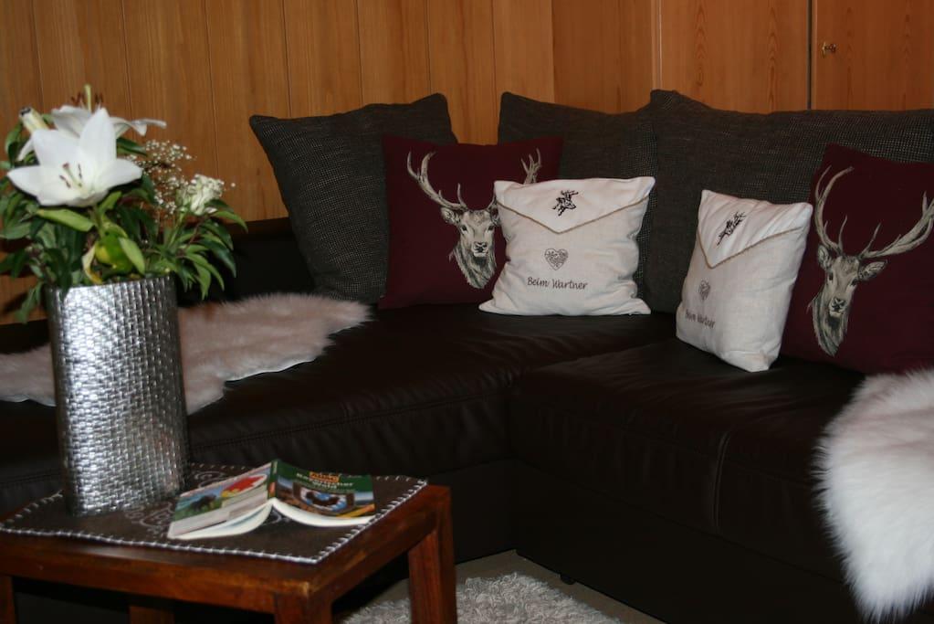 Couch zum relaxen - mit Blick in den Sonnenaufgang in der Region