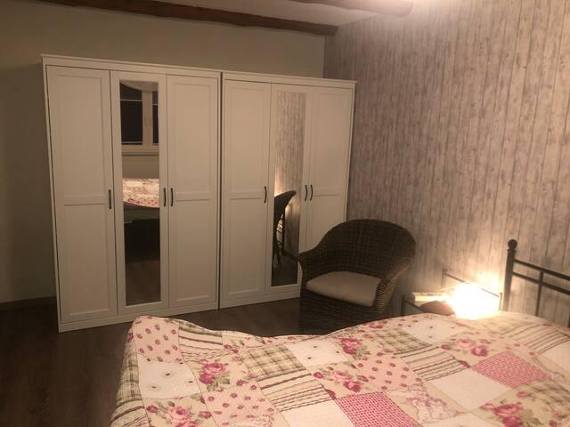 60 m² abgeschlossene Wohnung für 1-2 Personen