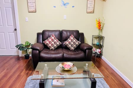 Fully private basement suite / Separate entrance.
