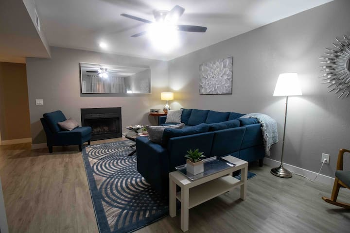 Newly Remodeled, Tempe,2 Master Bdrms,2 queen beds